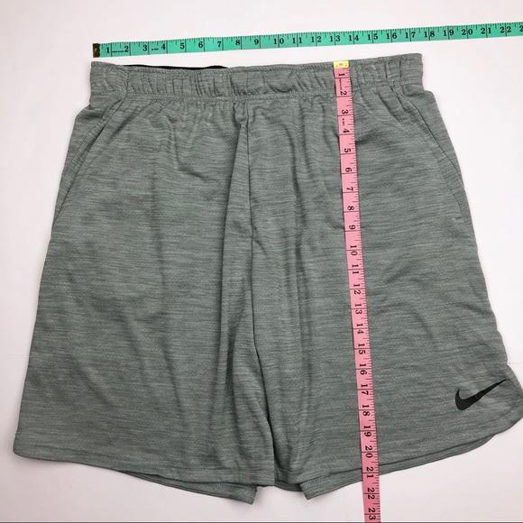 9d9679a5340a3 NWT Nike Dry Veneer Training Shorts Clay Green